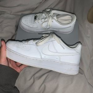 Nike Air Force 1's Kids Size 5 (fits women 6.5-7)